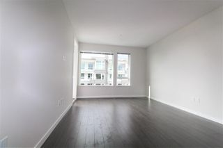 "Photo 4: 427 255 W 1ST Street in North Vancouver: Lower Lonsdale Condo for sale in ""West Quay"" : MLS®# R2213993"