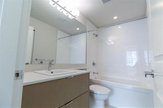 "Photo 6: 427 255 W 1ST Street in North Vancouver: Lower Lonsdale Condo for sale in ""West Quay"" : MLS®# R2213993"