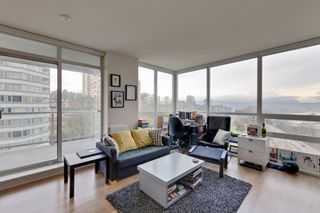 """Photo 2: 1101 125 COLUMBIA Street in New Westminster: Downtown NW Condo for sale in """"NORTHBANK"""" : MLS®# R2231042"""