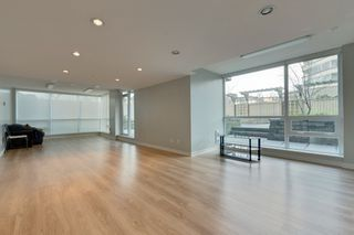 """Photo 15: 1101 125 COLUMBIA Street in New Westminster: Downtown NW Condo for sale in """"NORTHBANK"""" : MLS®# R2231042"""