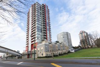 """Photo 1: 1101 125 COLUMBIA Street in New Westminster: Downtown NW Condo for sale in """"NORTHBANK"""" : MLS®# R2231042"""