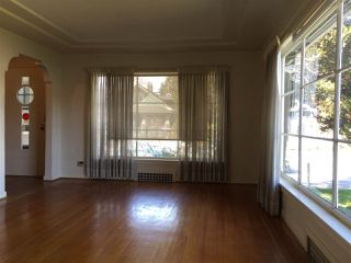 "Photo 2: 502 SEVENTH Avenue in New Westminster: GlenBrooke North House for sale in ""Glenbrooke North"" : MLS®# R2250075"