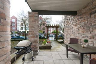 "Photo 13: 113 2336 WHYTE Avenue in Port Coquitlam: Central Pt Coquitlam Condo for sale in ""CENTREPOINTE"" : MLS®# R2255595"