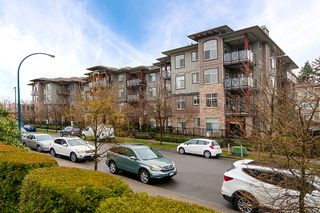 "Photo 1: 113 2336 WHYTE Avenue in Port Coquitlam: Central Pt Coquitlam Condo for sale in ""CENTREPOINTE"" : MLS®# R2255595"