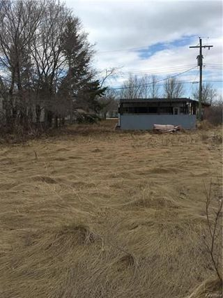 Photo 2: 36 Crocus Bay: St Laurent Residential for sale (R19)  : MLS®# 1811213