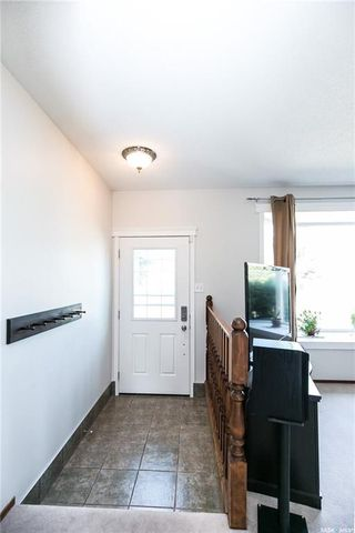 Photo 4: 506 Hall Crescent in Saskatoon: Westview Heights Residential for sale : MLS®# SK730669