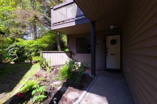 """Photo 3: 8521 TIMBER Court in Burnaby: Forest Hills BN Townhouse for sale in """"Simon Fraser Village"""" (Burnaby North)  : MLS®# R2273172"""