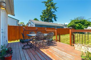Photo 13: 1002 Lyall St in VICTORIA: Es Old Esquimalt House for sale (Esquimalt)  : MLS®# 790096