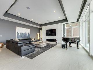 Photo 9: 8606 SASKATCHEWAN Drive in Edmonton: Zone 15 House for sale : MLS®# E4127936