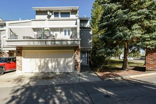 Main Photo: 3054 108 Street NW in Edmonton: Zone 16 Townhouse for sale : MLS®# E4130768