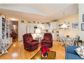 """Photo 9: 114 9208 208 Street in Langley: Walnut Grove Townhouse for sale in """"Churchill Park"""" : MLS®# R2327544"""
