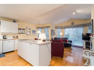 """Photo 12: 114 9208 208 Street in Langley: Walnut Grove Townhouse for sale in """"Churchill Park"""" : MLS®# R2327544"""