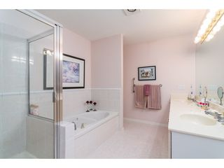 """Photo 15: 114 9208 208 Street in Langley: Walnut Grove Townhouse for sale in """"Churchill Park"""" : MLS®# R2327544"""
