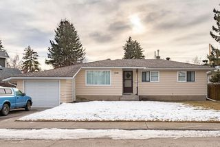 Photo 1: 3519 2 Avenue SW in Calgary: Spruce Cliff Detached for sale : MLS®# C4221648