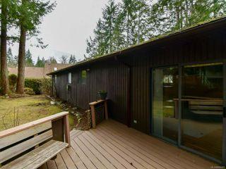 Photo 3: 8818 HENDERSON Avenue in BLACK CREEK: CV Merville Black Creek House for sale (Comox Valley)  : MLS®# 808450