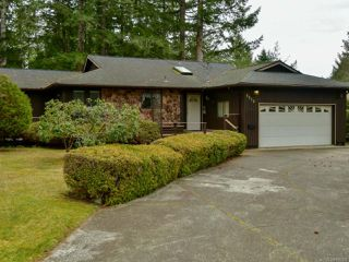 Photo 1: 8818 HENDERSON Avenue in BLACK CREEK: CV Merville Black Creek House for sale (Comox Valley)  : MLS®# 808450