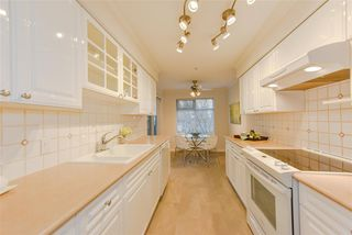 "Photo 9: 202 1144 STRATHAVEN Drive in North Vancouver: Northlands Condo for sale in ""STRATHAVEN"" : MLS®# R2358086"