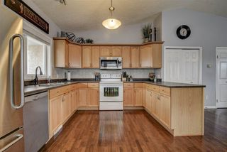 Photo 8: 5306 50a Street S: Legal House for sale : MLS®# E4151607