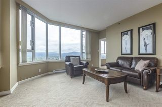 "Photo 4: 1503 3170 GLADWIN Road in Abbotsford: Central Abbotsford Condo for sale in ""Regency Park Towers"" : MLS®# R2358653"