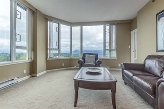 "Photo 5: 1503 3170 GLADWIN Road in Abbotsford: Central Abbotsford Condo for sale in ""Regency Park Towers"" : MLS®# R2358653"