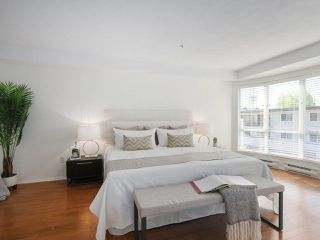 """Photo 15: 312 789 W 16TH Avenue in Vancouver: Fairview VW Condo for sale in """"SIXTEEN WILLOWS"""" (Vancouver West)  : MLS®# R2368634"""