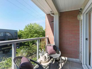 """Photo 6: 312 789 W 16TH Avenue in Vancouver: Fairview VW Condo for sale in """"SIXTEEN WILLOWS"""" (Vancouver West)  : MLS®# R2368634"""