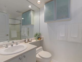 """Photo 18: 312 789 W 16TH Avenue in Vancouver: Fairview VW Condo for sale in """"SIXTEEN WILLOWS"""" (Vancouver West)  : MLS®# R2368634"""