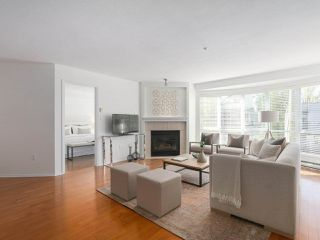 """Photo 3: 312 789 W 16TH Avenue in Vancouver: Fairview VW Condo for sale in """"SIXTEEN WILLOWS"""" (Vancouver West)  : MLS®# R2368634"""
