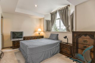 Photo 14: 5928 RUMBLE Street in Burnaby: South Slope House 1/2 Duplex for sale (Burnaby South)  : MLS®# R2369352