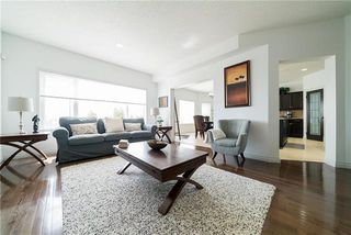 Photo 3: 23 Copperfield Bay in Winnipeg: Bridgwater Forest Residential for sale (1R)  : MLS®# 1913160