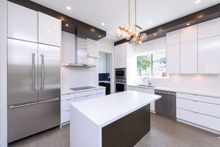 Photo 5: 7250 GLADSTONE Street in Vancouver: Fraserview VE House for sale (Vancouver East)  : MLS®# R2372481