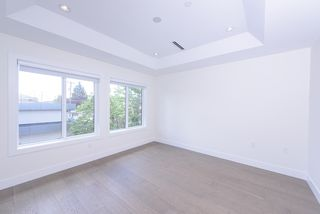 Photo 10: 7250 GLADSTONE Street in Vancouver: Fraserview VE House for sale (Vancouver East)  : MLS®# R2372481