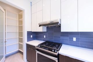 Photo 6: 7250 GLADSTONE Street in Vancouver: Fraserview VE House for sale (Vancouver East)  : MLS®# R2372481
