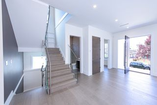 Photo 9: 7250 GLADSTONE Street in Vancouver: Fraserview VE House for sale (Vancouver East)  : MLS®# R2372481
