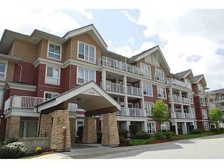 "Photo 16: 315 6440 194 Street in Surrey: Clayton Condo for sale in ""Waterstone"" (Cloverdale)  : MLS®# R2377087"