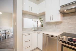 "Photo 6: 410 2105 W 42 Avenue in Vancouver: Kerrisdale Condo for sale in ""THE BROWNSTONE"" (Vancouver West)  : MLS®# R2379794"