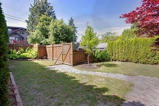 Photo 19: 2086 PARKER Street in Vancouver: Grandview Woodland House for sale (Vancouver East)  : MLS®# R2380539