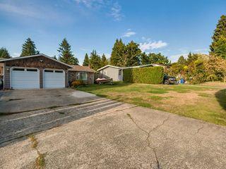 Photo 2: 21103 WICKLUND Avenue in Maple Ridge: Northwest Maple Ridge House for sale : MLS®# R2399871