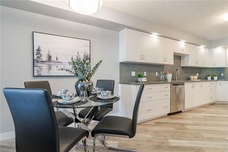 Photo 11: 422 7229 SIERRA MORENA Boulevard SW in Calgary: Signal Hill Apartment for sale : MLS®# C4272380