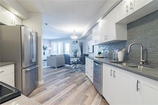 Photo 19: 422 7229 SIERRA MORENA Boulevard SW in Calgary: Signal Hill Apartment for sale : MLS®# C4272380