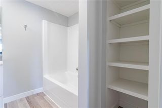 Photo 27: 422 7229 SIERRA MORENA Boulevard SW in Calgary: Signal Hill Apartment for sale : MLS®# C4272380