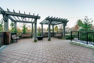 Photo 17: 106 15188 29A Avenue in Surrey: King George Corridor Condo for sale (South Surrey White Rock)  : MLS®# R2435121