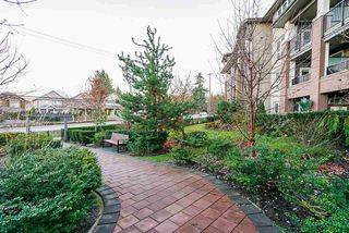 Photo 18: 106 15188 29A Avenue in Surrey: King George Corridor Condo for sale (South Surrey White Rock)  : MLS®# R2435121