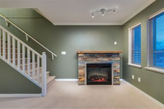"""Photo 3: 31 5388 201A Street in Langley: Langley City Townhouse for sale in """"The Courtyards"""" : MLS®# R2435142"""