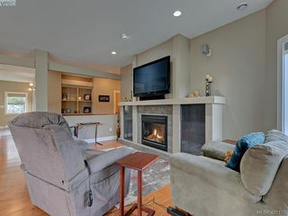 Photo 2: 530 Selwyn Falls Drive in VICTORIA: La Mill Hill Single Family Detached for sale (Langford)  : MLS®# 421173