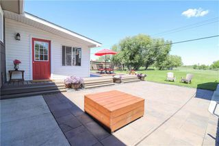Photo 3: 2315 Knowles Avenue in Winnipeg: Residential for sale (3J)  : MLS®# 202016116