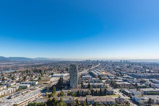 """Photo 13: 3809 6538 NELSON Avenue in Burnaby: Metrotown Condo for sale in """"MET2"""" (Burnaby South)  : MLS®# R2492564"""