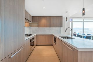 """Photo 2: 3809 6538 NELSON Avenue in Burnaby: Metrotown Condo for sale in """"MET2"""" (Burnaby South)  : MLS®# R2492564"""