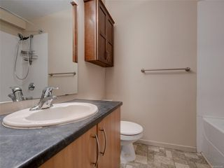 Photo 11: 17 4061 Larchwood Dr in : SE Lambrick Park Row/Townhouse for sale (Saanich East)  : MLS®# 855304
