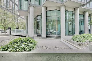 "Photo 16: 1501 1331 W GEORGIA Street in Vancouver: Coal Harbour Condo for sale in ""THE POINTE"" (Vancouver West)  : MLS®# R2499099"